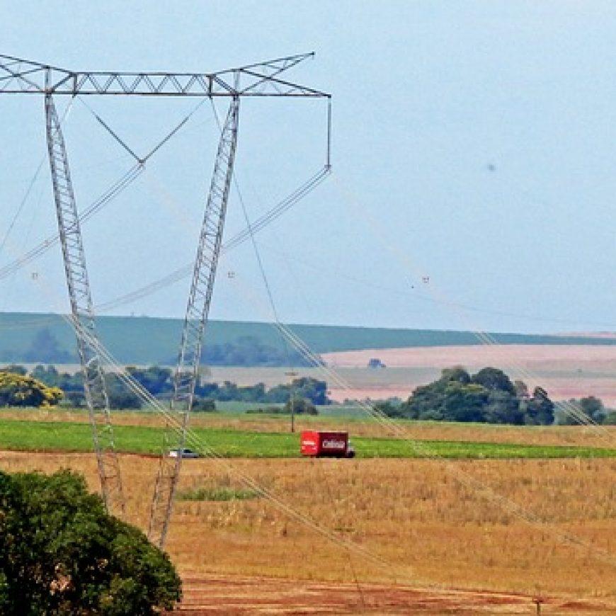 Cena elektriny na dennom trhu sa prepadla hlboko do mínusu