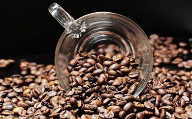 Našli využite pre odpad z výroby kávy. Urobia z neho elektrinu.