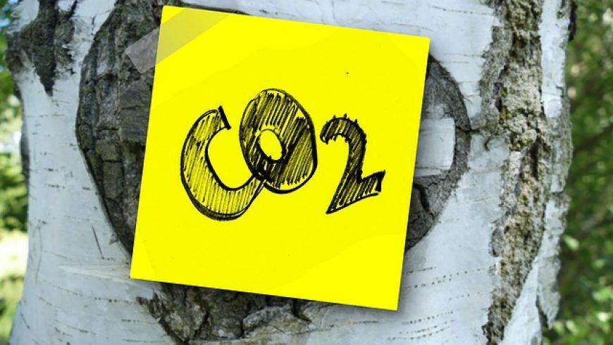 Emisie CO2 v EÚ medziročne poklesli, na Slovensku rástli