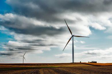 Európska komisia kritizuje Slovensko za nízky cieľ pre obnoviteľné zdroje